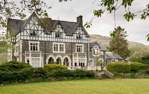 7-Night Southern Snowdonia Guided Walking Holiday