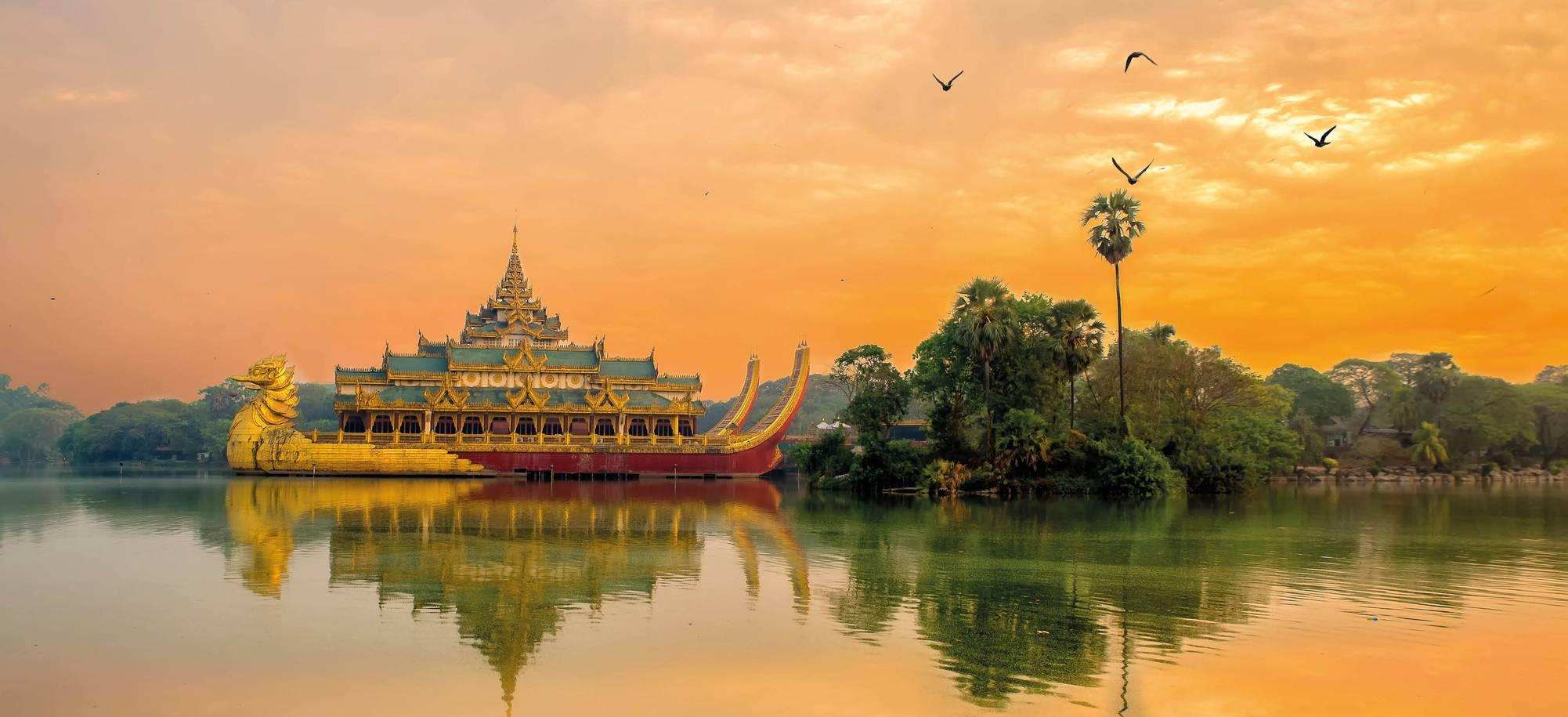 19 Day - Yangon - Itinerary Desk.jpg
