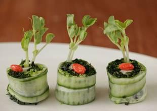 Kamalaya-cucumber-sushi.jpg