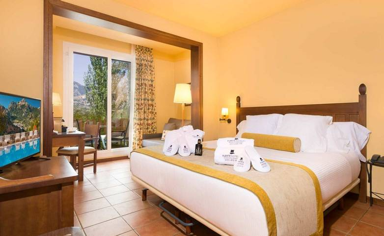 Andalucia - Hotel Fuerte Grazalema - 05-fuerte-grazalema-habitaciones-exclusive-doble-acceso-jardin-matrimonio-hab-5.jpg