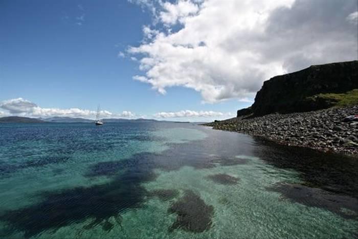 Island of Lunga (Dani Free)