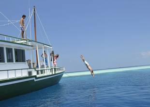 Sailing Tours - Maldives