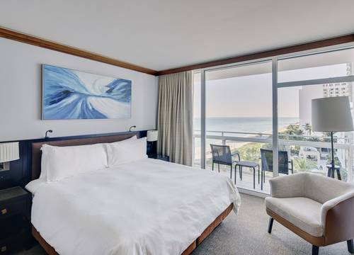 carillon-suite-Oceanview King Bedroom 2.jpg