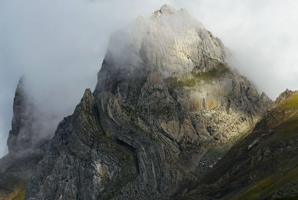 Mountain Cloud (Sergio Padura)