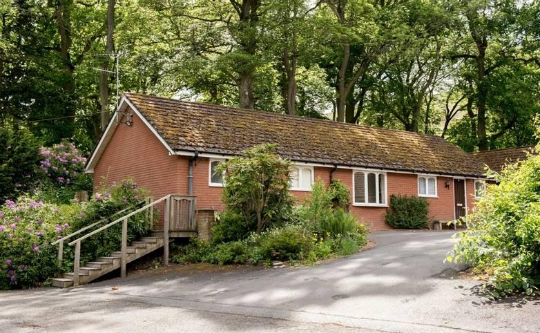 10694_0088 - Longmynd House - Lodge