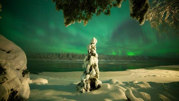 Harriniva - Christmas Northern Lights Quest
