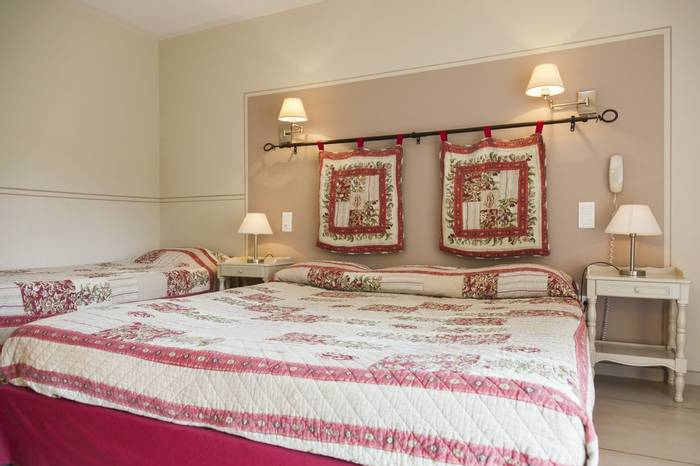 Bedroom at the Hotel Granges Arles