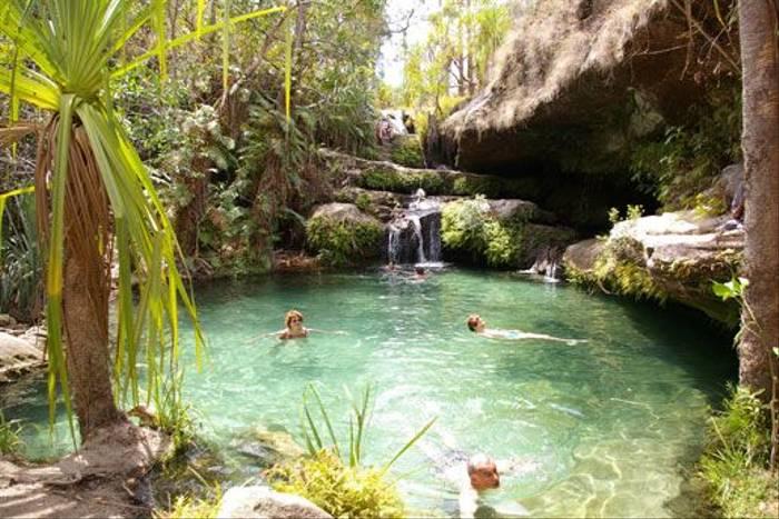 Swimming pool, Isalo