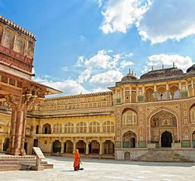 Jaipur - Hotel Stay and Tour
