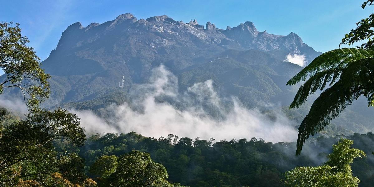 Mount-Kinabalu,-Borneo-shutterstock_89506177.jpg