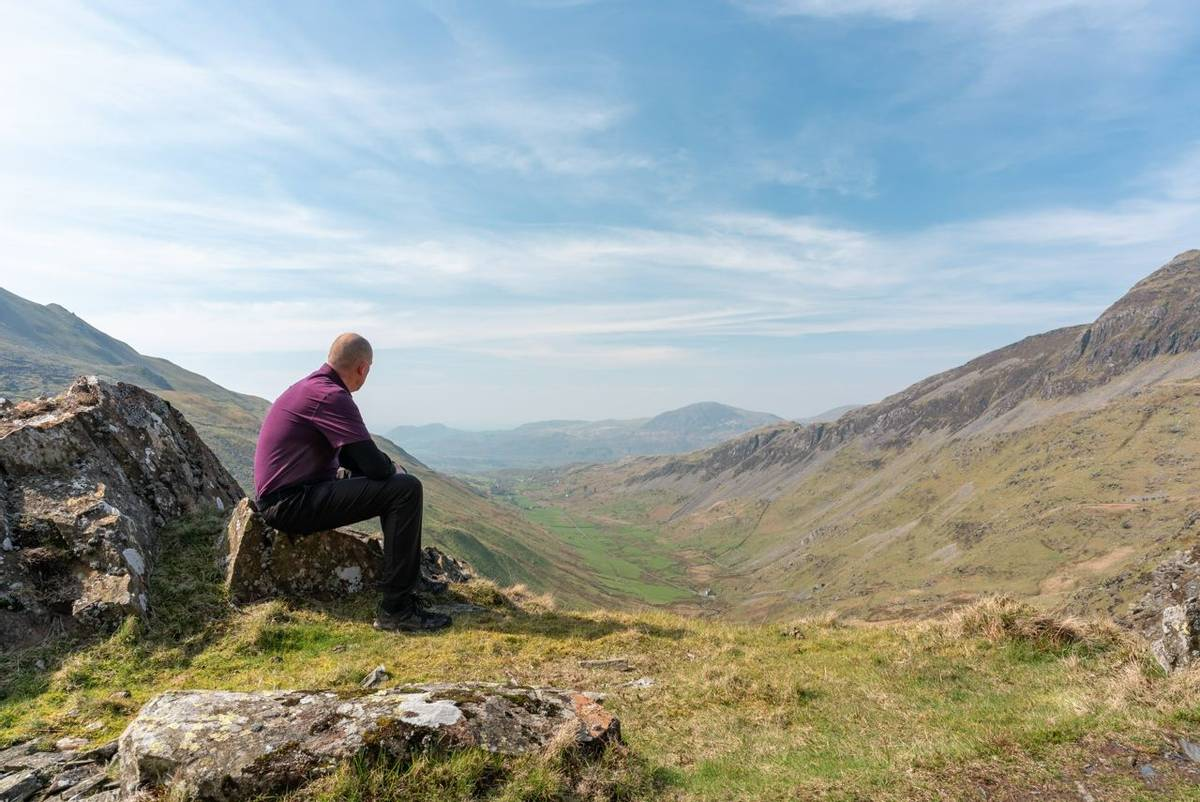 Snowdonia Way - Guided Trail - View of Cwm Croesor from Cnict - AdobeStock_260456082