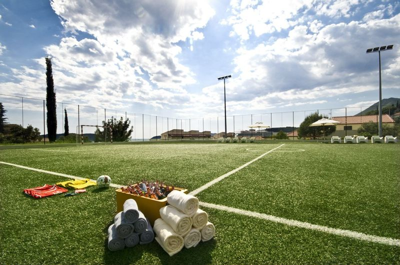 Radisson Blu Dubrovnik Multi-activity holiday football field