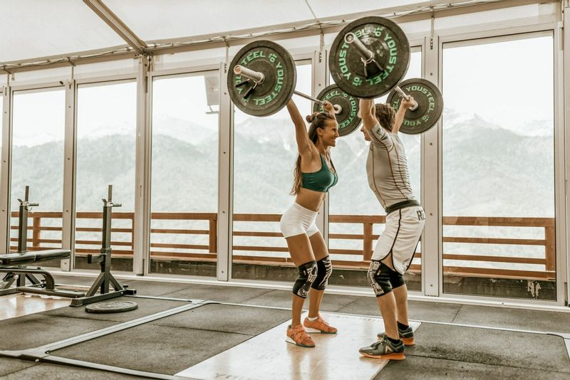 Weightlifting Women at the gym and it's benefits