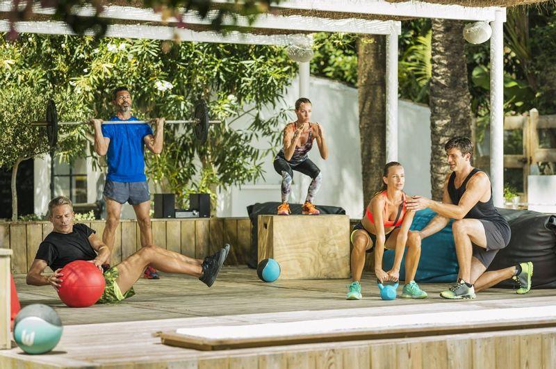fitness en groupe au Marbella Club, Espagne