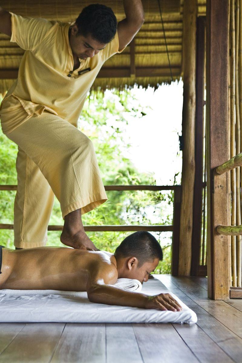 massage at Kamalya