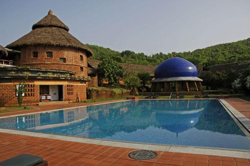 Accomodation and pool at SwaSwara